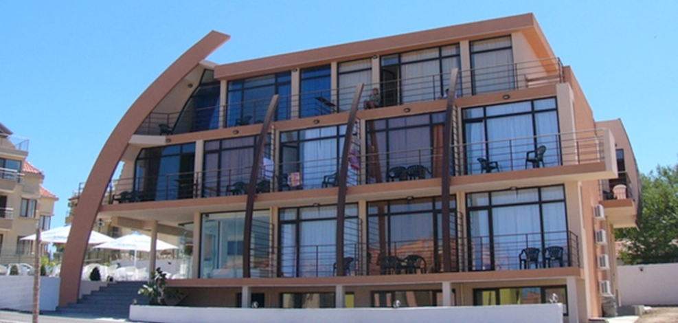 Operating Hotel for sale in Sozopol, 180 m from the beach